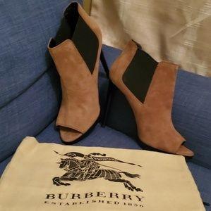 NWOB Burberry Stiletto Peep Toe Suede Booties
